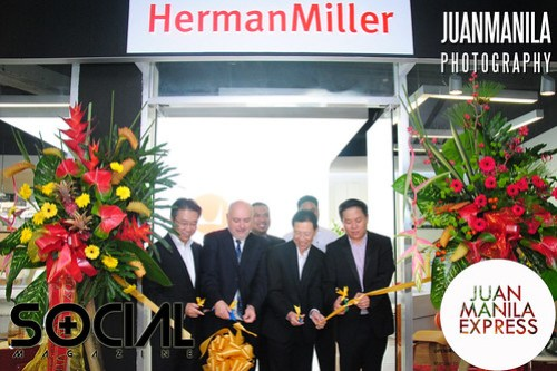 The Herman Miller concept space ribbon-cutting led by Jeremy Hocking, Vice President, Herman Miller Asia Pacific.