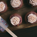 Vegan Strawberry Ros Valentine Cupcakes