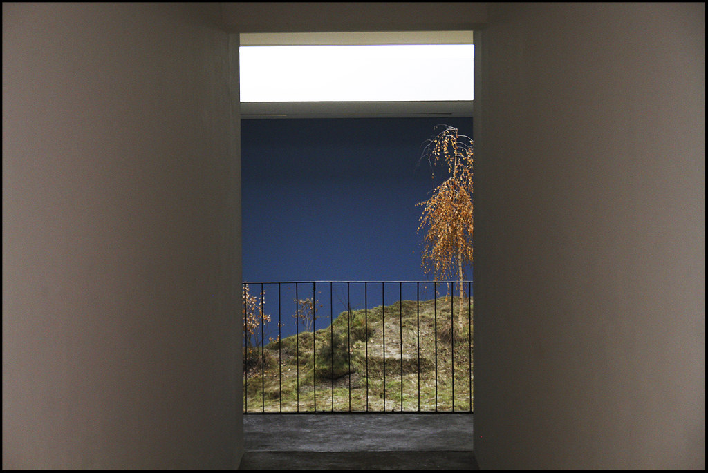 Tuukka13 - Photo Recap - ONE ON ONE - KW Institute for Contemporary Art, Berlin - 01.2012 - 18