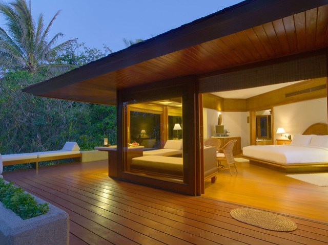 Amanpulo - Casita Bedroom and Sundeck