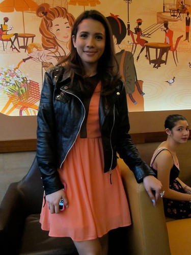 Karylle @ J.Co Donuts GB