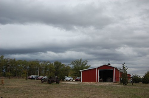 The moody, beautiful clouds that held off raining until the very moment we all got inside the barn for the reception