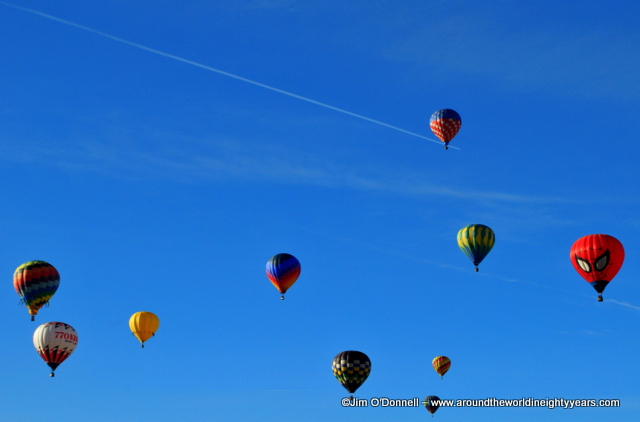 taos mountain balloon rally