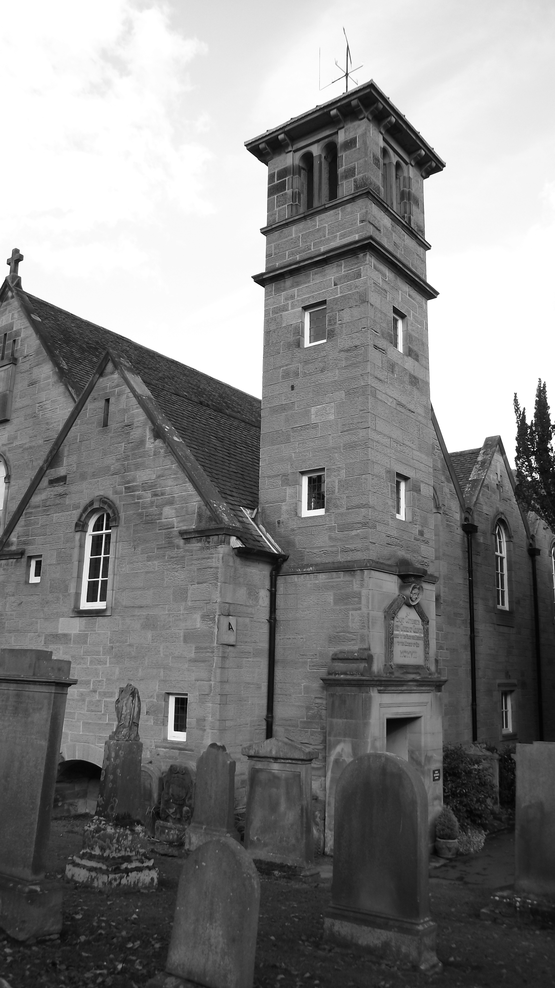 St Cuthberts Farmhouse Saint Cuthberts Parish Church Of Colinton 01 Out For A