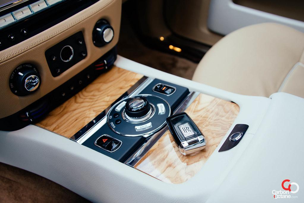 Phantom Car Wallpaper Rolls Royce Wraith Key
