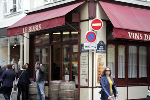 Le Rubis wine bar