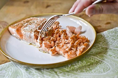 Salmon Panzanella with Green Beans 9