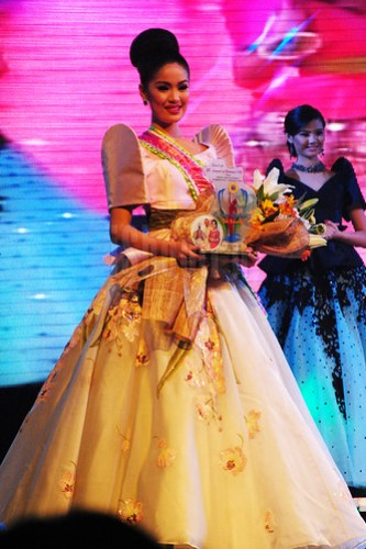 Bb. Lungsod ng Batangas 2013 Angelica Coliat (3rd runner-up).