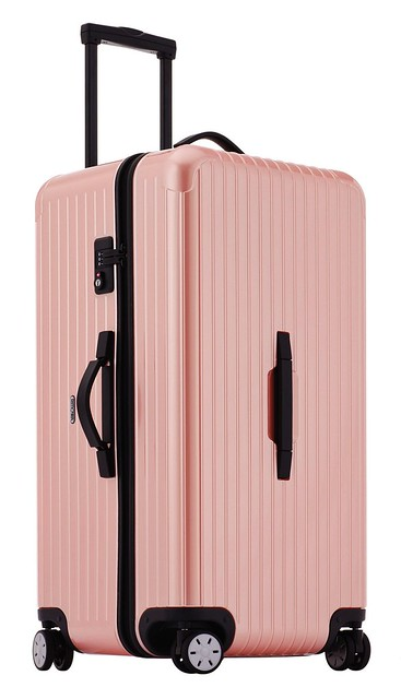 Rimowa trunk in pearl rose