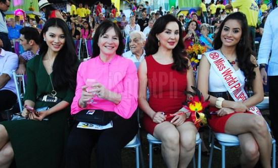 Miss World 2012 Wenxia Yu (wearing green dress), Miss World Philippines Directress Cory Quirino, and Miss World Philippines 2012 Queenie Rehman.