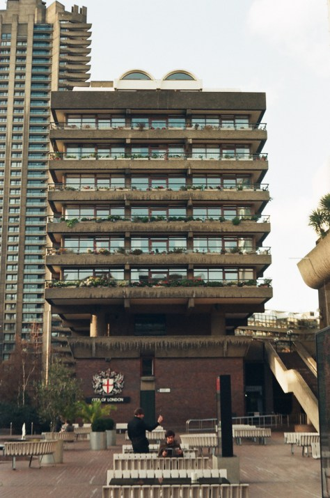 barbican-reading