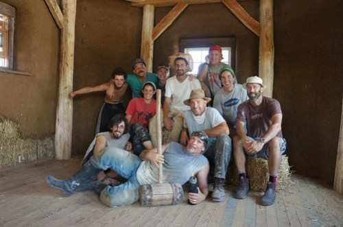 strawbaleworkshop-group02