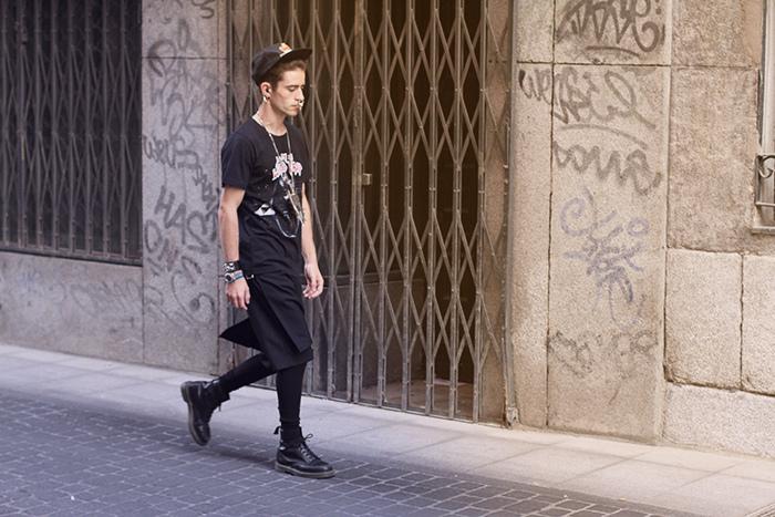 Balenciaga t-shirt, Comme Des Garcons kilt, Givenchy ear:noserings and necklace, Hermés Bracelet, Supreme cap and Dr. Martens boots 3