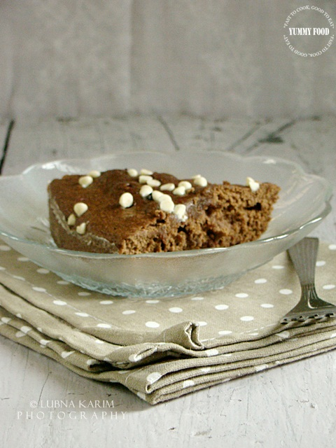 Microwave Chocolate, Oats and Banana Cake
