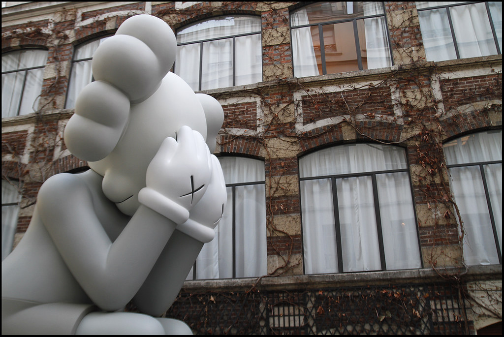 "Tuukka13 - KAWS Exhibition ""Imaginary Friends"" at Galerie Perrotin, Paris - 12.2012 - 11"