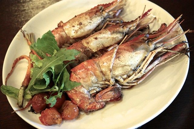 MAIN - RIVER PRAWNS IN ANCHOVY-BUTTER