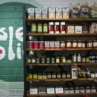Go Greek Naturally and Independently at Isle of Olive, Broadway Market