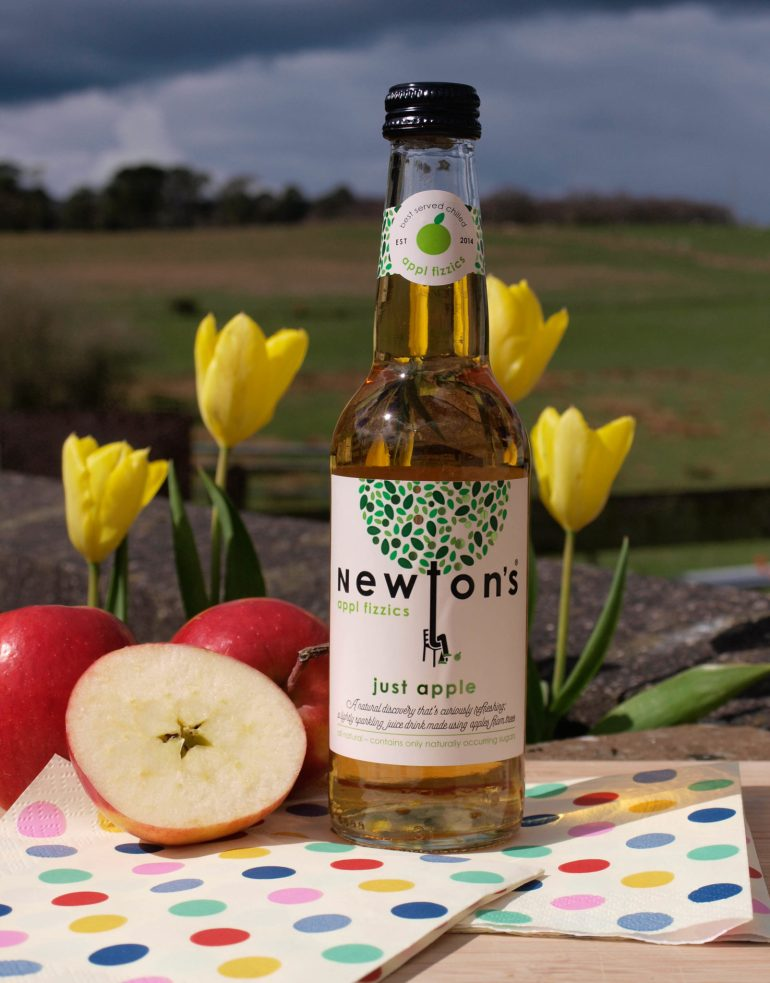 Newton's Just Apple Fizzics