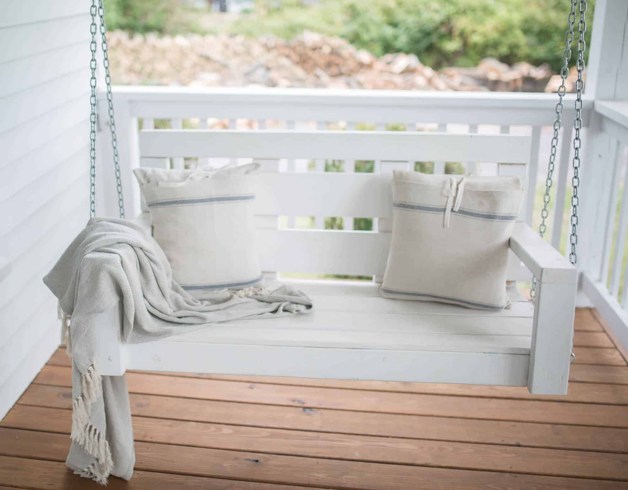 Farmhouse Front Porch Swing Fall Farmhouse Front Porch Farmhouse On Boone