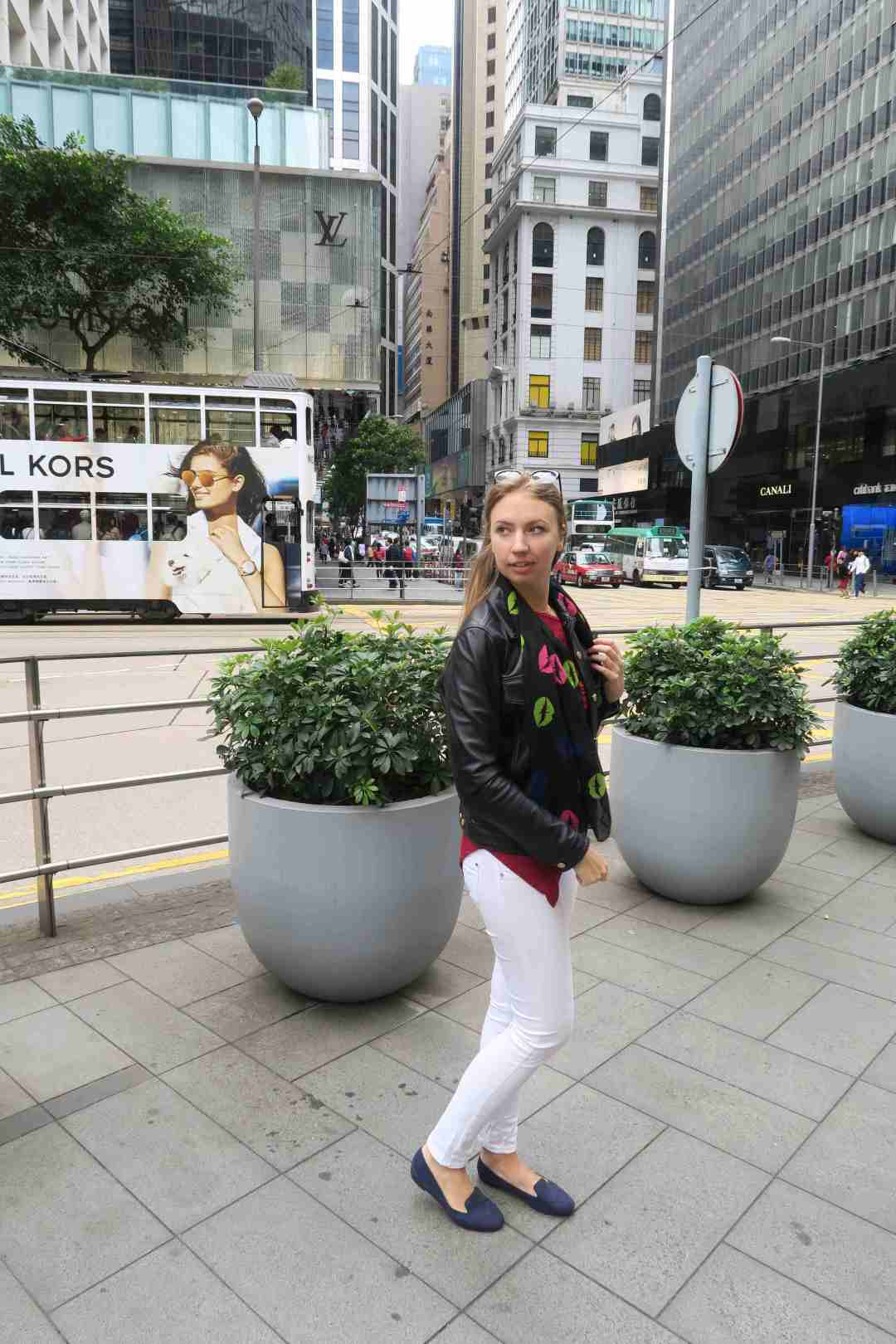 outfit,hongkong,lederjacke,travel,post,mode