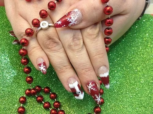 Inspiring Christmas Nail Designs To Try 2018 2019