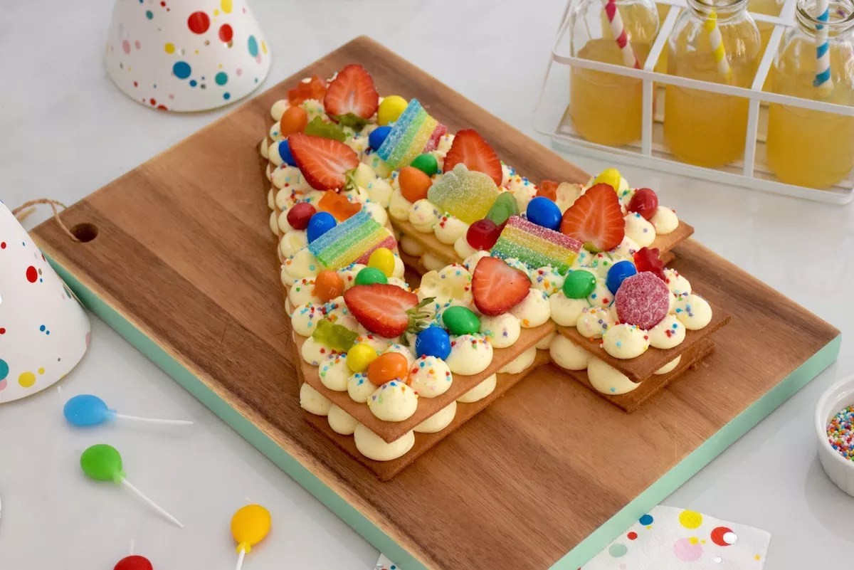 Decoration Gateau Fille 6 Ans Number Cake Enfant Vanille Fraise