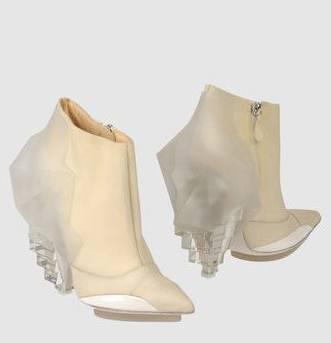 BALENCIAGA booties to LOVE on FashionDailyMag brigitte segura