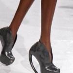 FDM-selects-IRIS-VAN-HERPEN-f2011-couture-paris-photo-19-shoes-NowFashion-on-FDMloves