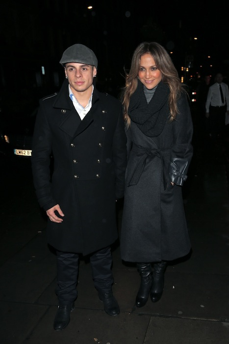 JENNIFER LOPEZ in MAXMARA with CASPER SMART london oct 23