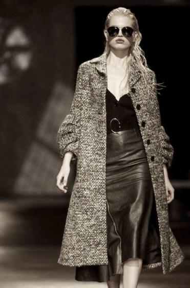 daphne groenveld PRADA fall 2013 MFW FashionDailyMag sel 1