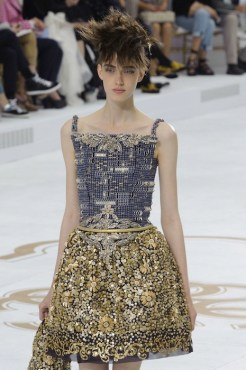 chanel haute couture fall 2014 FashionDailyMag sel b1