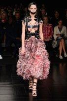 McQueen spring 2015 FashionDailyMag sel 96