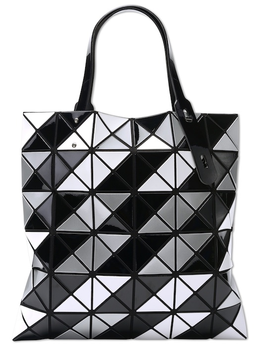 Fashion for Action 2014 issey miyake LUCENT TOTE IN BLACK WAVE fashiondailymag
