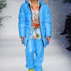MOSCHINO FALL 2015 LCM FashionDailyMag sel 26