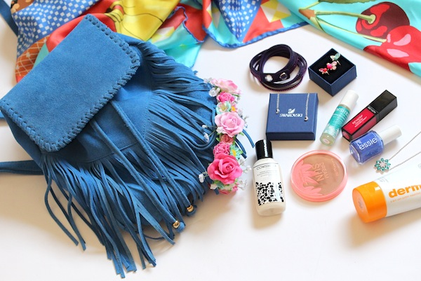 what to take to a festival blue fringing bag suede