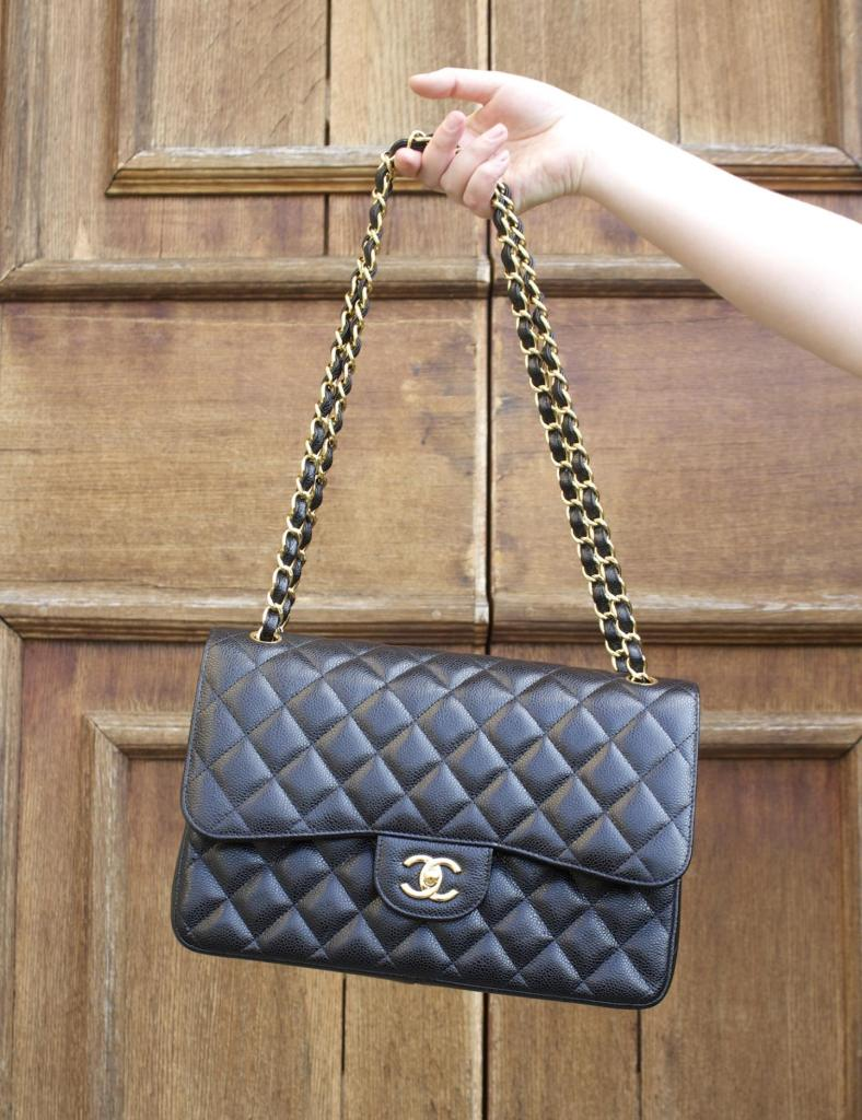 chanel jumbo handbag black classic flap