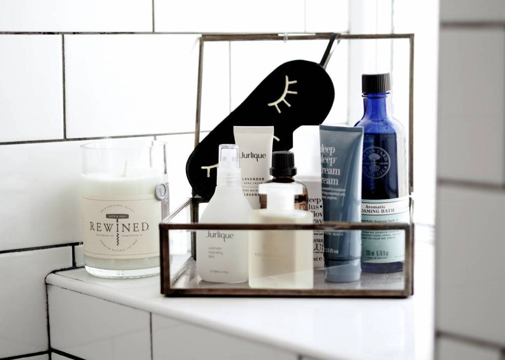 Beauty-Products-To-Help-You-Sleep-Better-luxury
