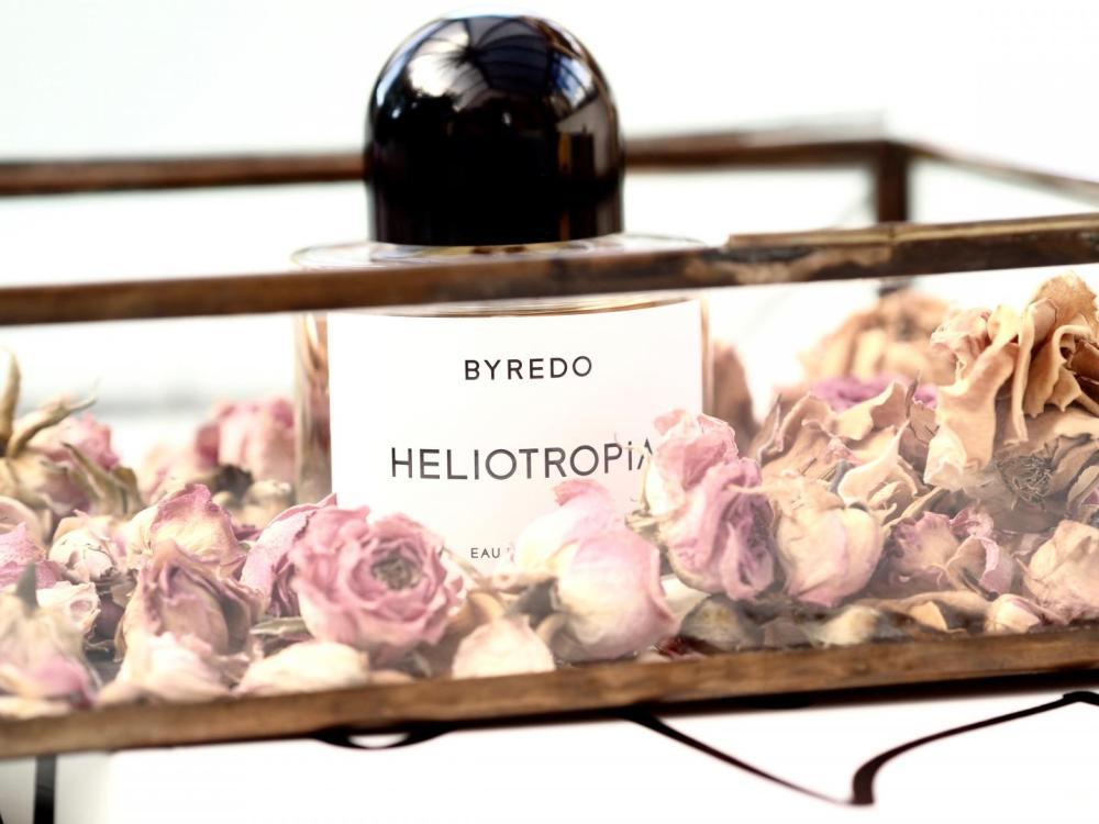 BYREDO-Heliotropia-perfume-fragrance-cologne