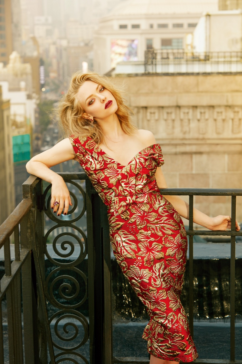 Red Hair Lounge Amanda Seyfried Stuns In Glamorous Looks For Elle China