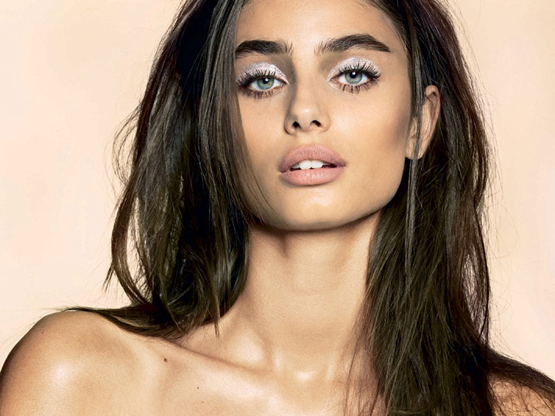 Pink Brown Eyeshadow Taylor Hill Charms In Spring Beauty Looks For Sunday Times