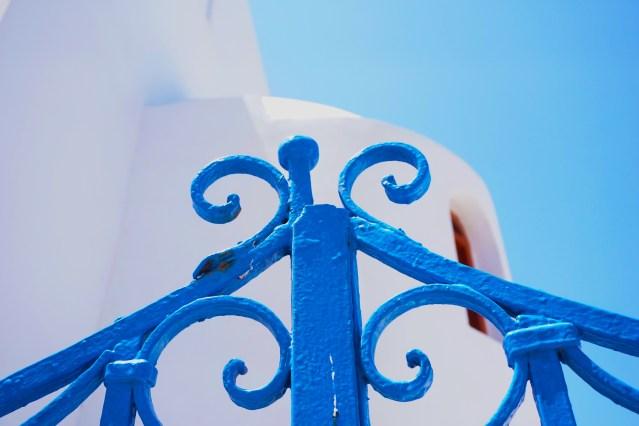blue decorations oia
