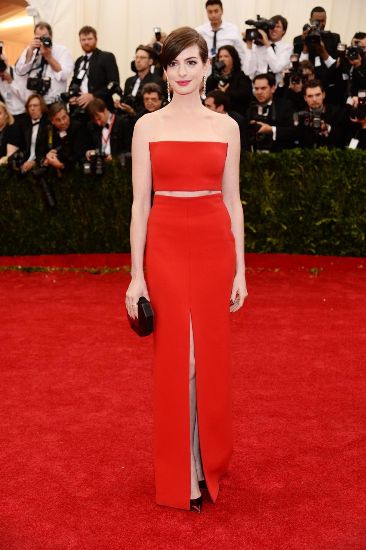 Anne Hathaway_Calvin Klein
