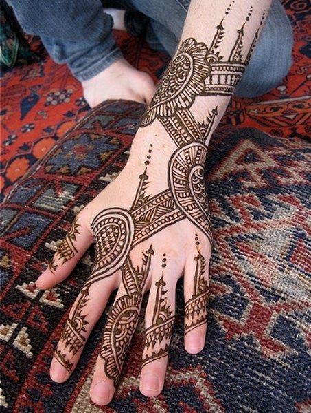 Eid ul fiter Mehndi Designs 2013 for girls (2)