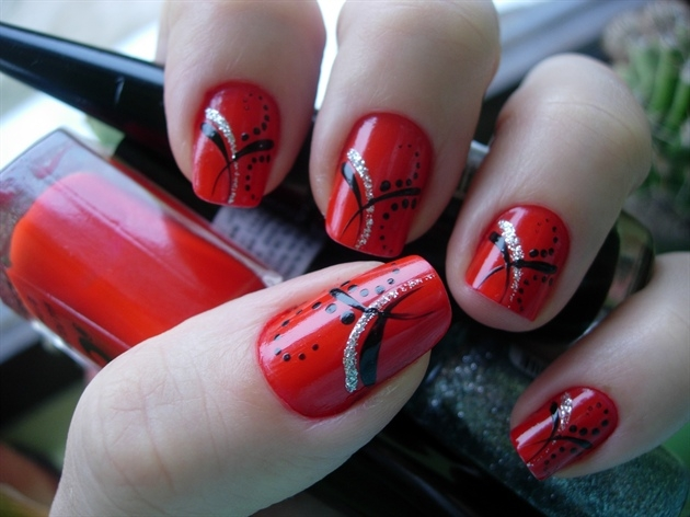 15 Interesting Red Nail Designs Fashionsycom