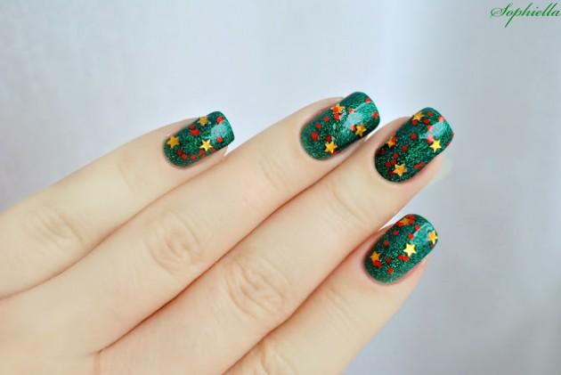 16 Simple Yet Stunning Christmas Nail Designs Fashionsycom