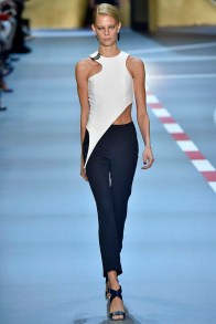 Mugler Paris RTW Spring Summer 2016 September-October 2015