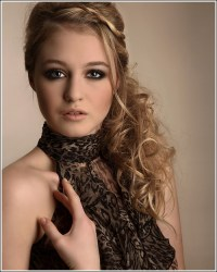Prom Hairstyle Pictures  Prom Hairstyle Ideas for 2011 ...