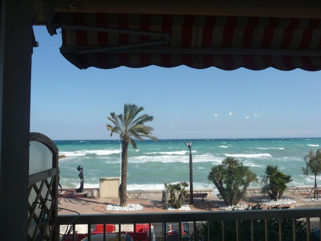 Nuda In Terrazza Costa Azzurra Nizza Ville Pictures To Pin On Pinterest