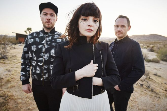 Chvrches2_DannyClinch_UniversalMusic