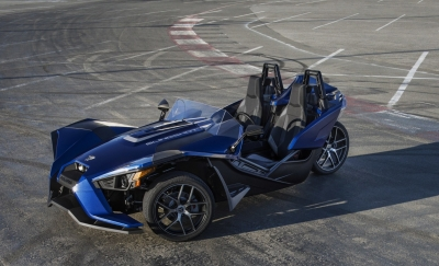 Polaris Slingshot in Navy Blue